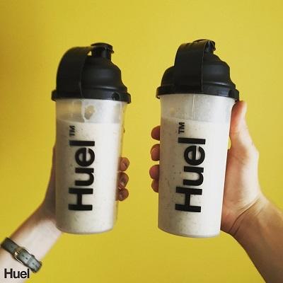 2 shakers de Huel