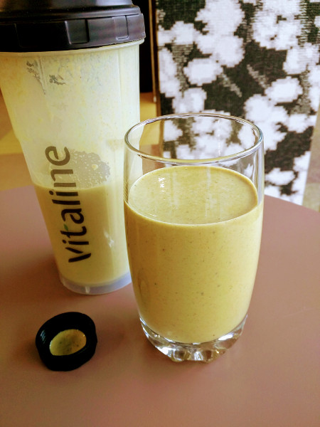 Un verre de Vitaline Carotte curcuma